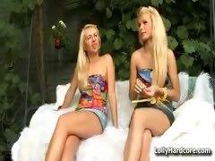 Hot teen lesbians