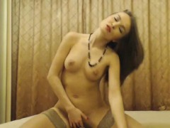 Beautiful Naughty Camgirl Strips And Masturbate Her Cunt
