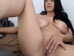 Sexy Babe Big Tits Pussy Play on Webcam