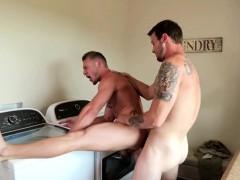 Muscle guys Mark Long and Jake Karhoff enjoying in hard sex
