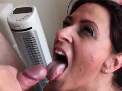 BDSM brit Amber squirts before facial domination