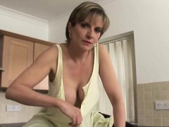 Cheating English Milf Lady Sonia Presents Her Big Titties