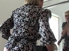 Unfaithful uk mature lady sonia showcases her big tits