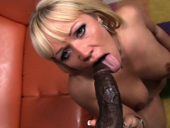 Austin Taylor Loves a Black Dick!
