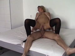 Czasting - Sexy MILF gets fucked by huge dick