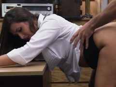 Big ass amateur brunette babe gets fucked by pawn guy