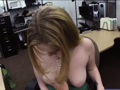 Pretty babe pawns her pussy and pounded for a pearl necklace