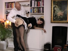 Heeled brit maid toying