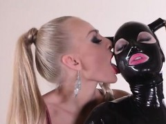 11-5-2016 - Latex and extremely elegant fetish actions