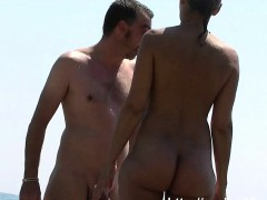 i love to be naked on the nude beach