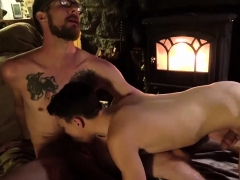 Tiny gay boy porn movie and full size hunk handsome male