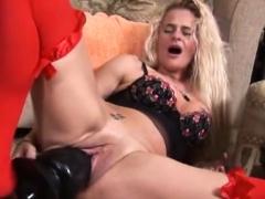 Hot Pornstar Dildo With Cumshot