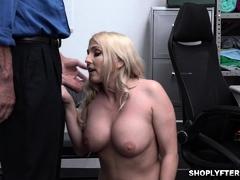 Christie Stevens offers her milf pussy